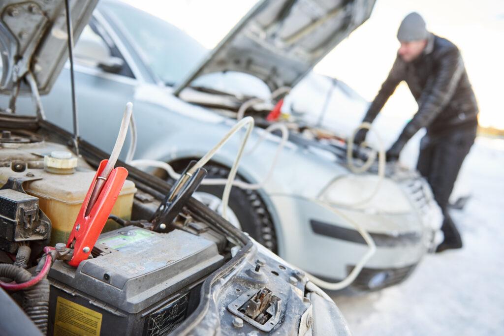 accu vervangen autobedrijf voorne oostvoorne